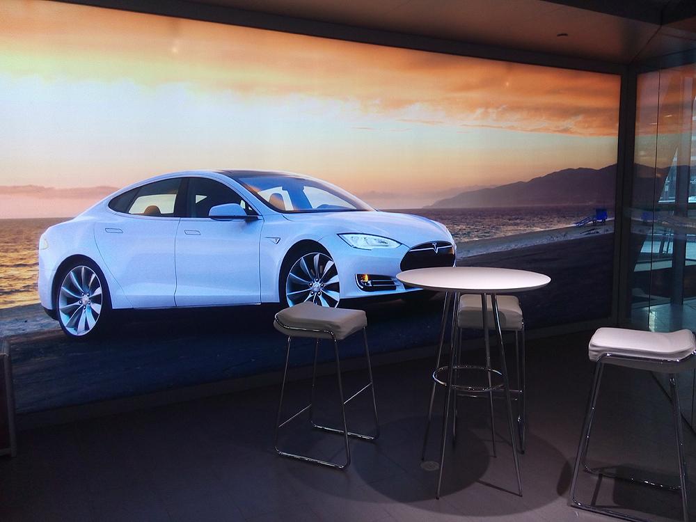 Tesla北京体验展厅-休息区